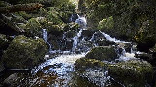 Lodore Falls>