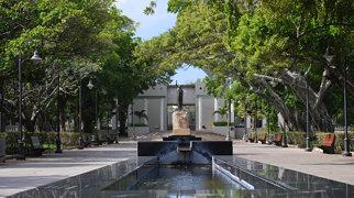 Luis Muñoz Rivera Park>