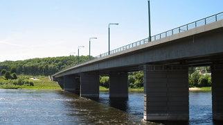 Most Konstantinasa Čiurlionisa w Kownie>