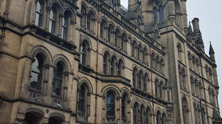 Manchester Town Hall>