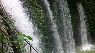 Mantayupan Falls>