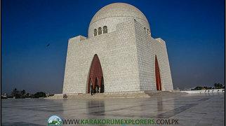 Mazar-e-Quaid>