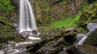 Melincourt Falls>