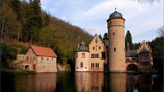 Замок Меспельбрунн>