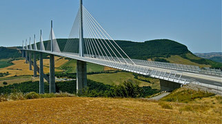 Viaductul Millau>