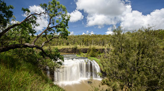 Millstream Falls>