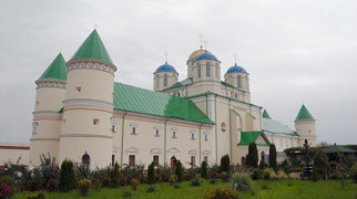 Monaster Trójcy Świętej w Międzyrzeczu Ostrogskim>