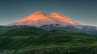 एल्ब्रुस पर्वत>