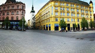 Náměstí Svobody (Brno)>