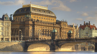 National Theatre (Prague)>