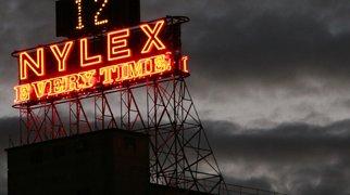 Nylex Clock>