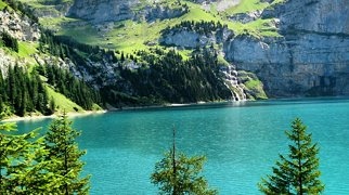 Oeschinen Lake>