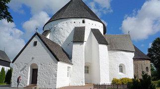 Kościół w Østerlars>