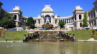 Palais Longchamp>