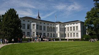 Palais Schaumburg>