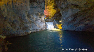 Pertosa Caves>
