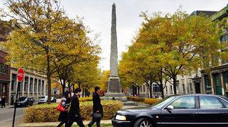 Pioneers' Obelisk (Montreal)>
