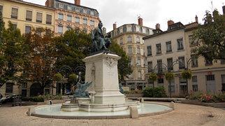 Place Ampère>