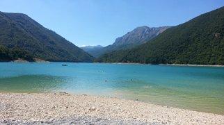 Pluzine beach>