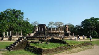 Polonnaruwa>