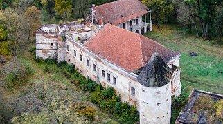 Pomoriany Castle>