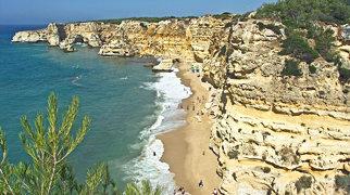 Praia da Marinha>