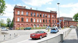 Rote Fabrik>