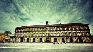 Королевский дворец в Неаполе>