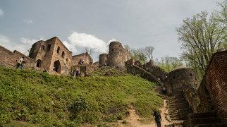 Rudkhan Castle>