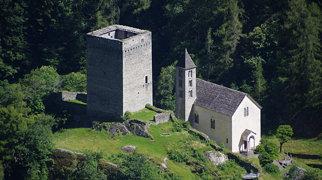 Ruine Castelmur>