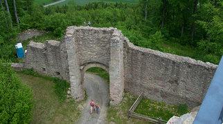 Ruine Henneberg>