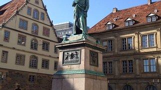 Schillerplatz (Stuttgart)>