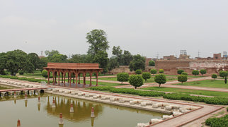 Forte e Jardins de Shalimar em Lahore>