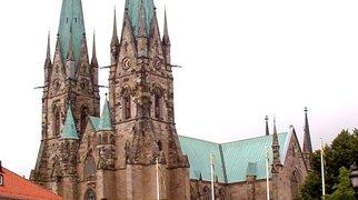 Katedra w Skarze>