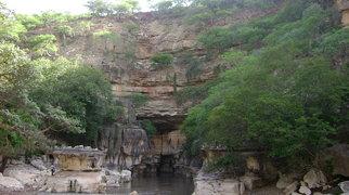 Cuevas de Sof Omar>