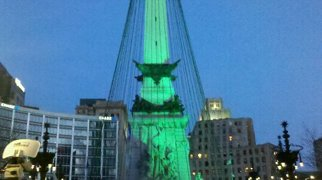 Soldiers' and Sailors' Monument (Indianapolis)>