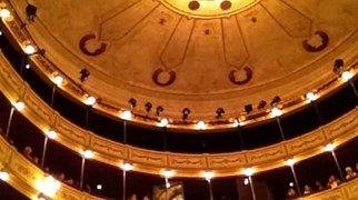 Solís Theatre>