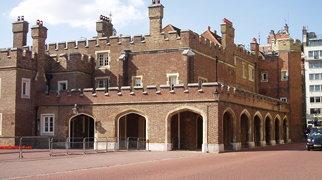 St. James's Palace>