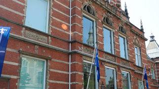 Stedelijk Museum>