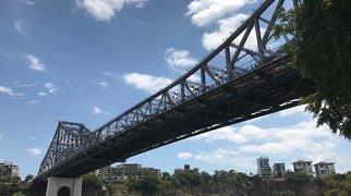 Story Bridge>