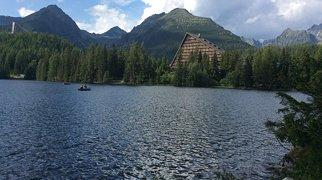 Szczyrbskie Jezioro (jezioro)>
