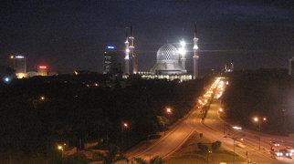 Sultan Salahuddin Abdul Aziz Mosque>