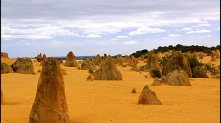 The Pinnacles (Western Australia)>