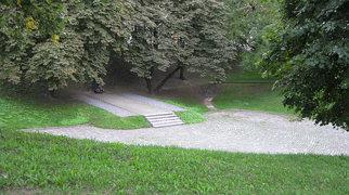 The Pit (memorial)>