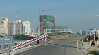 Thu Thiem Bridge>