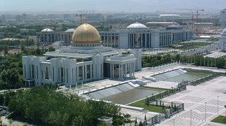 Türkmenbaşy Palace>