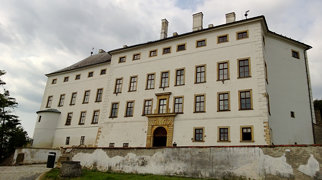 Úsov castle>