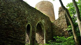 Valdek Castle>