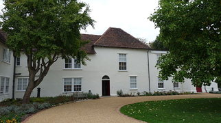 Valence House Museum>