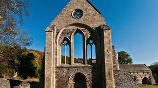 Valle Crucis Abbey>